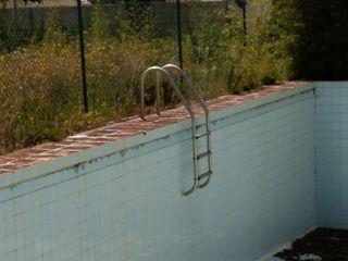 Escalera de acero de piscina