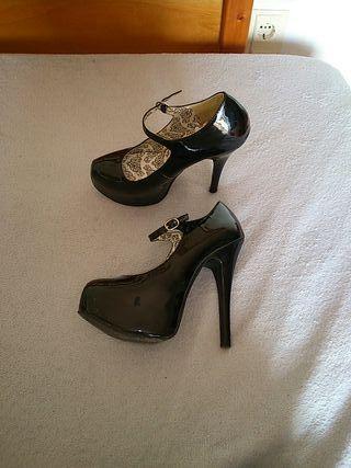 zapatos de tacón burlesque