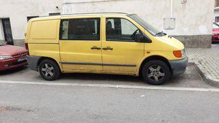 Mercedes-Benz Vito 2000 se vende o se cambia