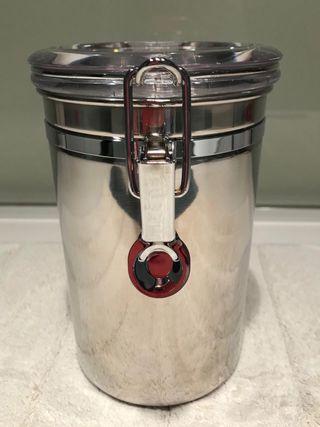 Bote de cocina hermético de acero inoxidable