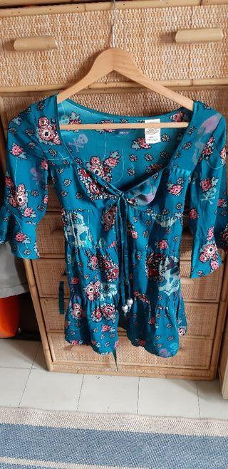 Blusa, vestido de Killah S calaveras, flores