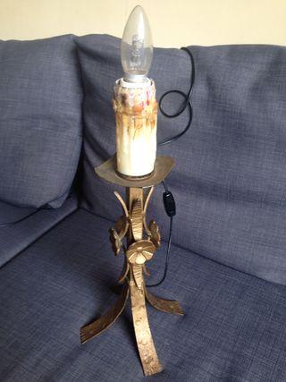 Lampara de mesa tipo candelabro