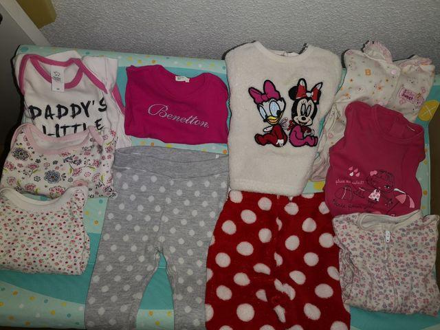 ff543a841 Lote ropa bebé 6 meses de segunda mano por 12 € en Alcorcón en WALLAPOP