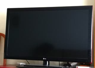 """TV LG DE 47"""", 3D SMART TV"""