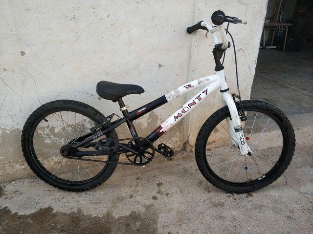bici BMX Monty 105