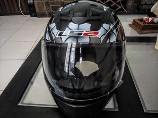 casco L52 talla M