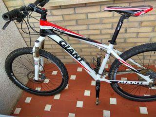 Bicicleta BTT 26' Giant