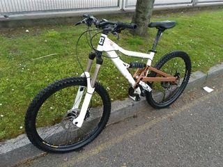 bicicleta b'twin fr6