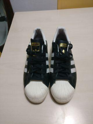 zapatillas Adidas Superstar talla 47,5