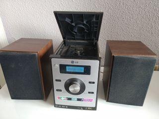 Equipo de música LG Micro HI-FI System