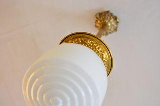 Lámpara o farol antiguo bronce y tulipa de cristal
