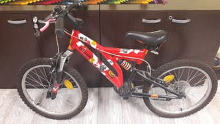 "Oferta bicicleta infantil 20"" + casco"