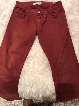 2fe59809ce Pantalones Zara de segunda mano en la provincia de Huesca en WALLAPOP