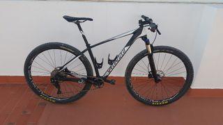 Bicicleta montaña Specialized Stumpjumper Carbono