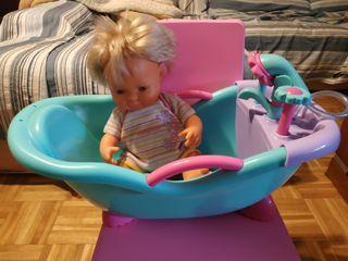 Nenuco y bañera