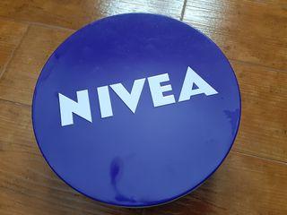 Lata-Caja Crema Nivea XXL