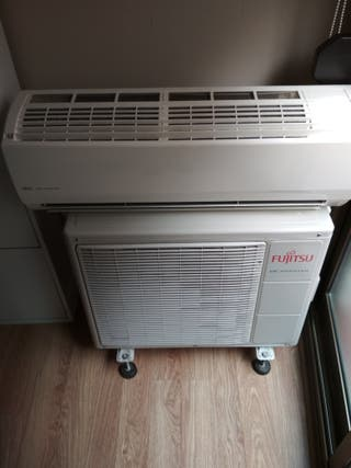 Aire acondicionado con bomba de calor.