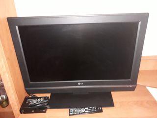 TV LG Funcióna muy bien 32 pulgadas