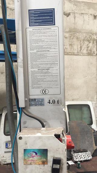 Elevador Hidraulico 4 columnas