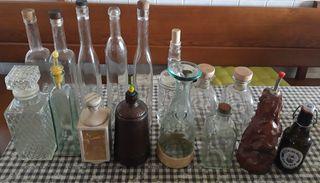 Botellas varias son 16 unidades