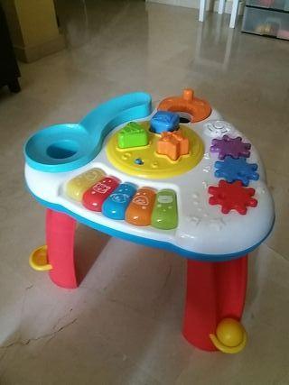 Mesa juegos bebé