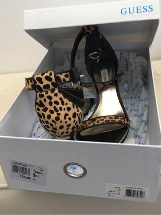 Zapatos mujer a estrenar guess