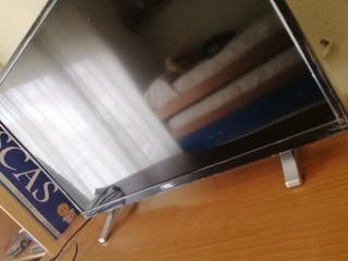 televisor 32 TCL