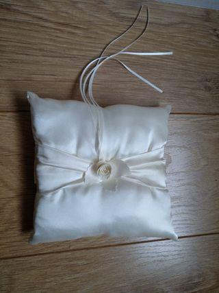 almohadón para anillos boda