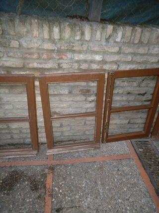 Gratis Ventanas de madera, diferentes dimensiones