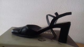 Zapatos piel n38