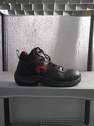 zapato seguridad talla 44