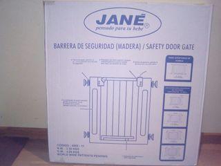 Barrera protección puertas/ escaleras