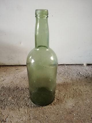 Botella vidrio grande