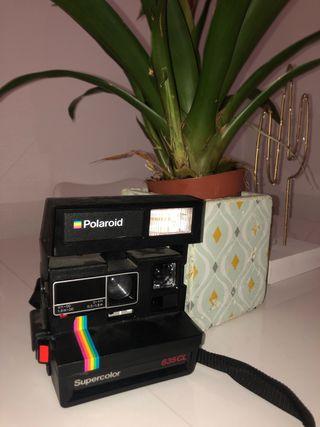 Polaroid vintage 635CL