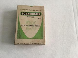 Caja medicamentos antigua , portes incluidos