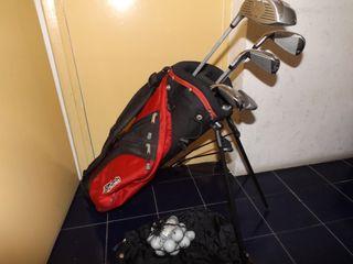 4b21cc0e24310 Palos de golf de segunda mano en la provincia de Cantabria en WALLAPOP