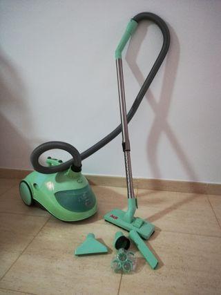 aspirador Polti con filtro de agua
