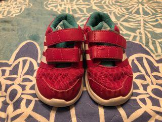 Zapatillas niña adidas fucsia