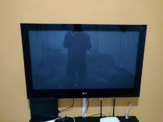 """Pantalla TV 42"""" LG"""