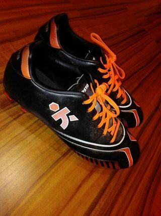 Zapatos fútbol