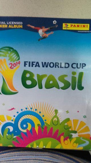 Álbum de cromos fútbol del Mundial de Brasil 2014
