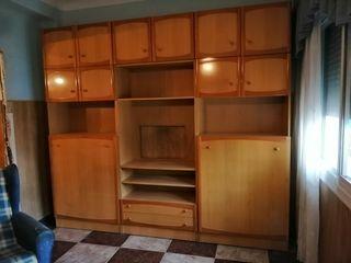 Mueble con camas plegables