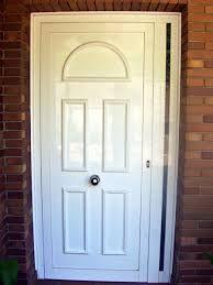 Puerta entrada Aluminio blanca