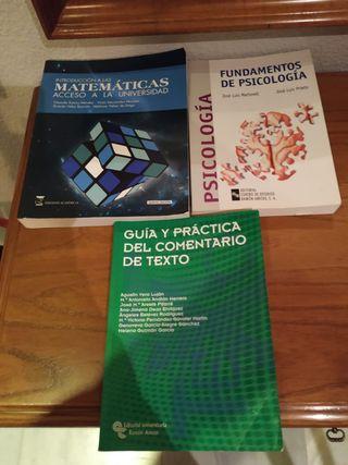 Libros de la UNED.