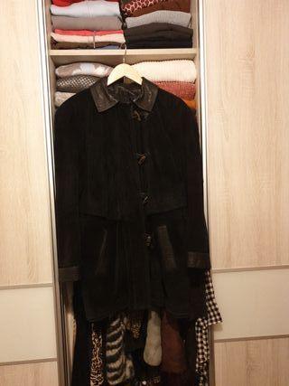 chaqueta de Ante Negra con capucha