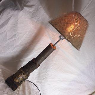 Lámpara troncos de madera