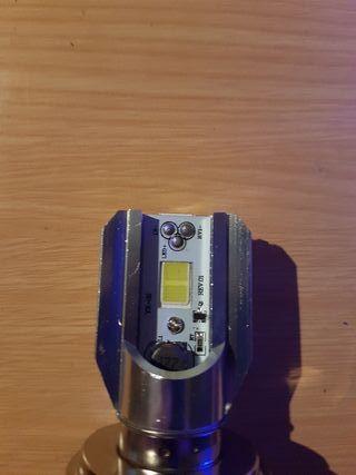 bombilla LED moto