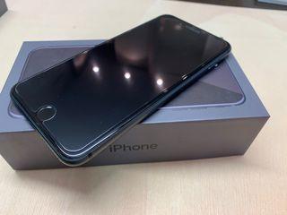 iPhone 8 Plus de 64gb negro