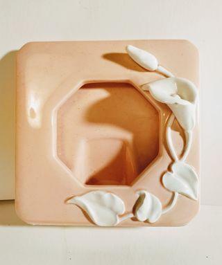 EN LIQUIDACIÓN Bonito Marco Floral de Ceramica