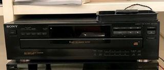Reproductor de compact disk de 5 discos